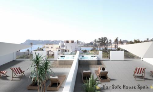 penthouse-jacuzzi-100m-van-het-strand-Puerto-de-Mazarron